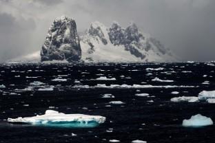 Antarctique-Peninsule-Antarctica-paysage-glace-Cap-renard-7