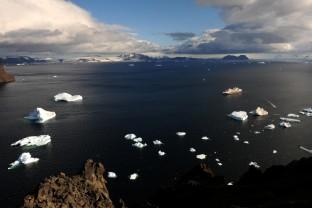 Antarctique-Peninsule-Antarctica-paysages-et-navire-5