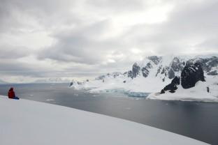Antarctique-Peninsule-Antarctica-paysages-et-touriste-2